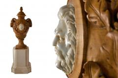 Fine and Monumental Pair of Italian Neoclassical Siena Marble Urns on Pedestals - 1124771