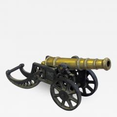 Finely rendered English Victorian brass ornamental cannon on cast iron carriage - 831027