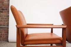 Finn Juhl Pair of Finn Juhl Diplomat Armchairs for France Son in Leather and Teak - 892132
