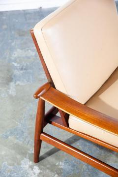 Finn Juhl Pair of Finn Juhl Spade Chairs - 1702326