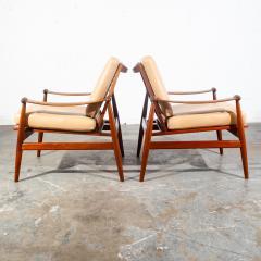 Finn Juhl Pair of Finn Juhl Spade Chairs - 1702329