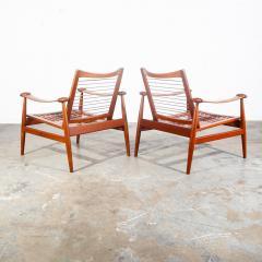 Finn Juhl Pair of Finn Juhl Spade Chairs - 1702330