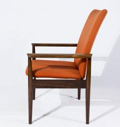 Finn Juhl Set of Eight Rosewood Finn Juhl Diplomat Armchairs - 176296