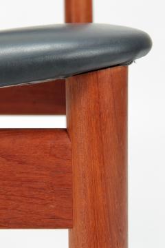 Finn Juhl Two Finn Juhl Model 197 Chairs Leather and Teak 60s - 1638688