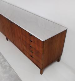 Florence Knoll 1960s Florence Knoll Book Matched Walnut Buffet with Calacatta Gold Marble Top - 1017276