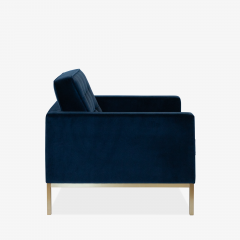 Florence Knoll Florence Knoll Lounge Chairs in Navy Velvet Brushed Brass Pair - 1625091