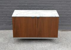 Florence Knoll Knoll Marble Top Credenza in Walnut and Calacatta Designed by Florence Knoll - 1867033