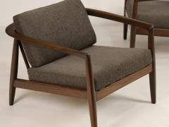 Folke Ohlsson Curvaceous Pair of Scandinavian Modern Armchairs Designed by Folke Ohlsson - 2018014