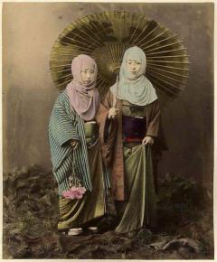 Four Felice Beato Hand Painted Japanese Photographic Studio Prints circa 1860s - 1468727