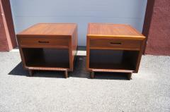 Frank Lloyd Wright Pair of Taliesin Nightstands by Frank Lloyd Wright for Heritage Henredon - 1026324