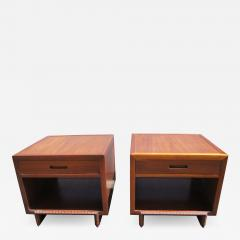 Frank Lloyd Wright Pair of Taliesin Nightstands by Frank Lloyd Wright for Heritage Henredon - 1035518