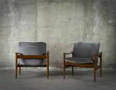 Frederik A Kayser Pair of Frederik Kayser Easy Chairs - 285522