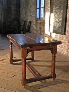 French 16th Century Henry II Walnut Extending Table - 684593