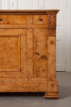 French 19th Century Burled Elmwood Biedermeier Buffet - 1395018