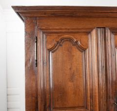 French 19th Century Louis XIII Style Oak Armoire - 1075262