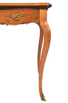 French 19th Century Louis XV Petit Ladies Writing Desk  - 1840782