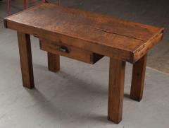 French 19th Century Walnut Workbench Coffee Table - 1409743