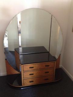 French Art Deco Elegant Vanity with Adjustable Mirrored Sides - 91920