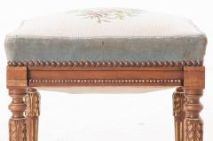 French Early 20th Century Louis XVI Stool with Needlepoint Cushion - 582917