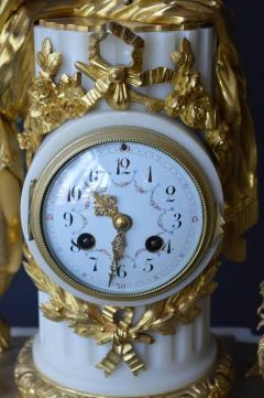 French Marble and Gilded Bronze Clock Set - 192780