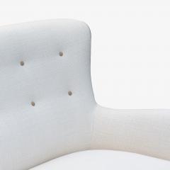 Fritz Hansen Fritz Hansen attributed Long Danish Sofa in Ivory Weave Leather Accents - 1623320