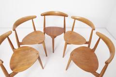 Fritz Hansen Set of 8 Oak and Teak Heart Chairs by Hans Wegner Denmark 1950s - 1622702