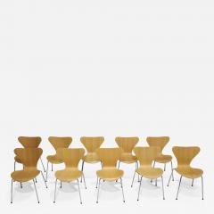 Fritz Hansen Ten Fritz Hansen Series 7 Chairs in Maple Sold in Pairs - 2086728
