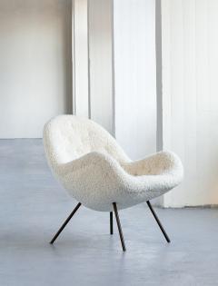 Fritz Neth Fritz Neth Egg Shaped Lounge Chair in Ivory Dedar Boucl Correcta Kassel 1950s - 1343500