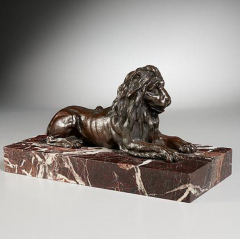 GRAND TOUR PERIOD BRONZE SCULPTURE OF A LION - 1911326