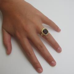 Garnet and Diamond Ring 18 Karat Yellow Gold - 1099591