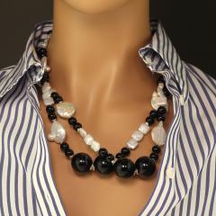 Gemjunky 45 Inch Long Black and White Elegant necklace - 1900157