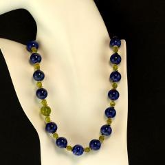 Gemjunky Elegant Blue Lapis Lazuli and Green Peridot Necklace - 1781540