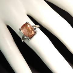 Gemjunky Peach color Imperial Topaz set in Sterling Silver Ring - 1939059