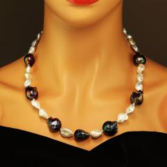 Gemjunky Pearls and More Pearls Elegant 21 inch necklace - 1926829