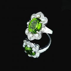 Gemjunky Romantic Peridot in Sterling Silver Ring - 1908960