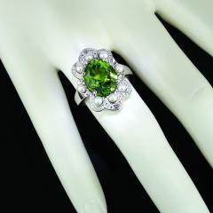 Gemjunky Romantic Peridot in Sterling Silver Ring - 1908962