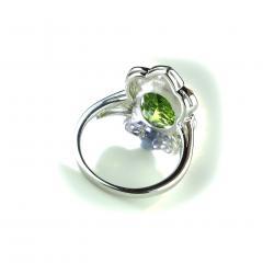 Gemjunky Romantic Peridot in Sterling Silver Ring - 1908964