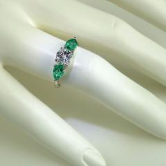Gemjunky Silver Topaz and Emerald Cocktail Ring - 1714964