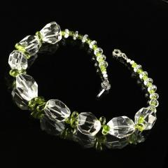 Gemjunky Sparkling Clear Quartz Crystal and Green Peridot Choker Necklace - 1900125