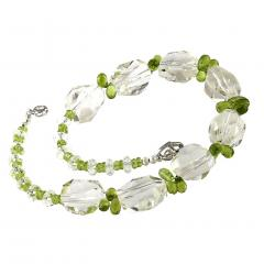 Gemjunky Sparkling Clear Quartz Crystal and Green Peridot Choker Necklace - 1900134