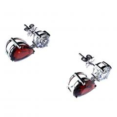 Gemjunky Stunning Garnet and White Danburite Dangle Earrings 14K white gold - 1647340
