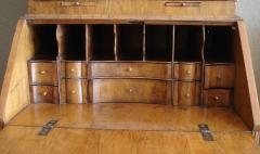 George I period burl walnut and feather banded bureau cabinet of small size - 2032157