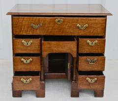 George II Walnut Kneehole Desk - 1867708