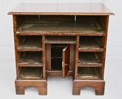 George II Walnut Kneehole Desk - 1867709