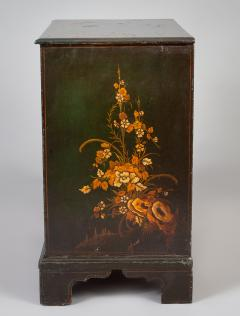George III Japanned Chest of Drawers - 1198030