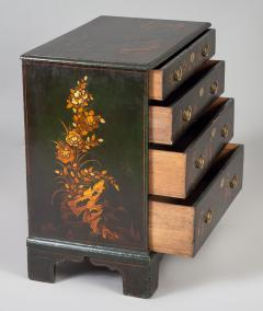George III Japanned Chest of Drawers - 1198037
