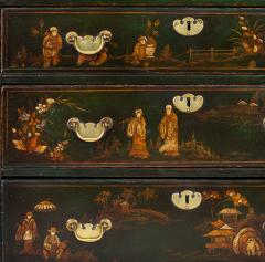 George III Japanned Chest of Drawers - 1198039