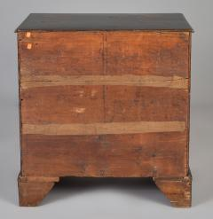 George III Japanned Chest of Drawers - 1198043