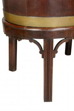 George III Mahogany and Brass Mounted Wine Cooler - 1558105