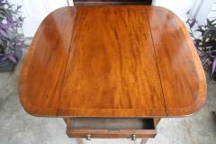 George III Pembroke Table - 1854391